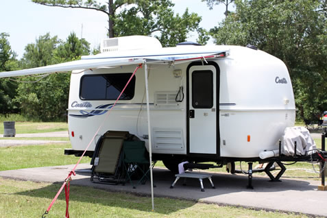 LLayout solar panels on your RV roof